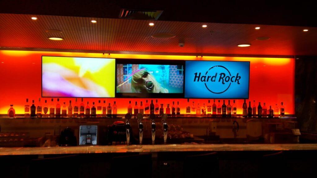 Hard Rock Café RP: conheça o bar que promete ser o queridinho da cidade cervejeira Bares e Restaurantes em Ribeeirão Preto Hard Rock Cafe RP